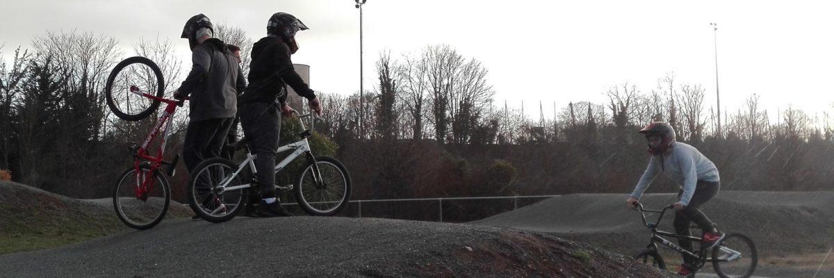 Jeunes en BMX