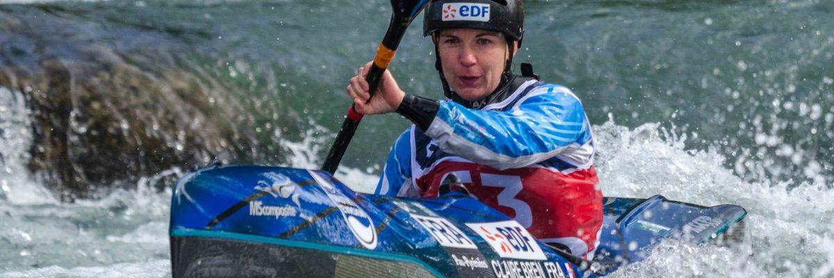 Claire BREN en kayak de descente